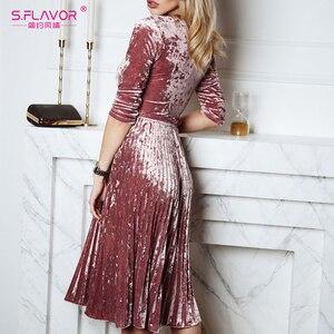 Image 2 - S.FLAVOR kobiety Slim aksamitna sukienka moda jesień rękaw 3/4 Vintage plisowane sukienki Winter Party Vestidos De