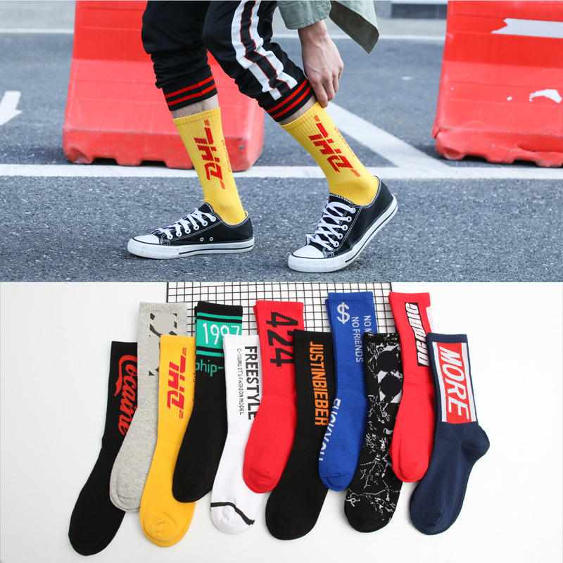 Cheap Fashion Men Skateboard Socks Hip-hop Cotton Sox Breathable Meias Calcetines Letter Harajuku Cool Unisex Socks 1Pair