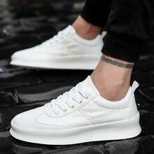 ผู้ชายสีขาวแบนรองเท้าLace Upรองเท้าผ้าใบสำหรับชายTenis Masculino Adultoคุณภาพสูงชายรองเท้าสบายๆสูงเพิ่ม