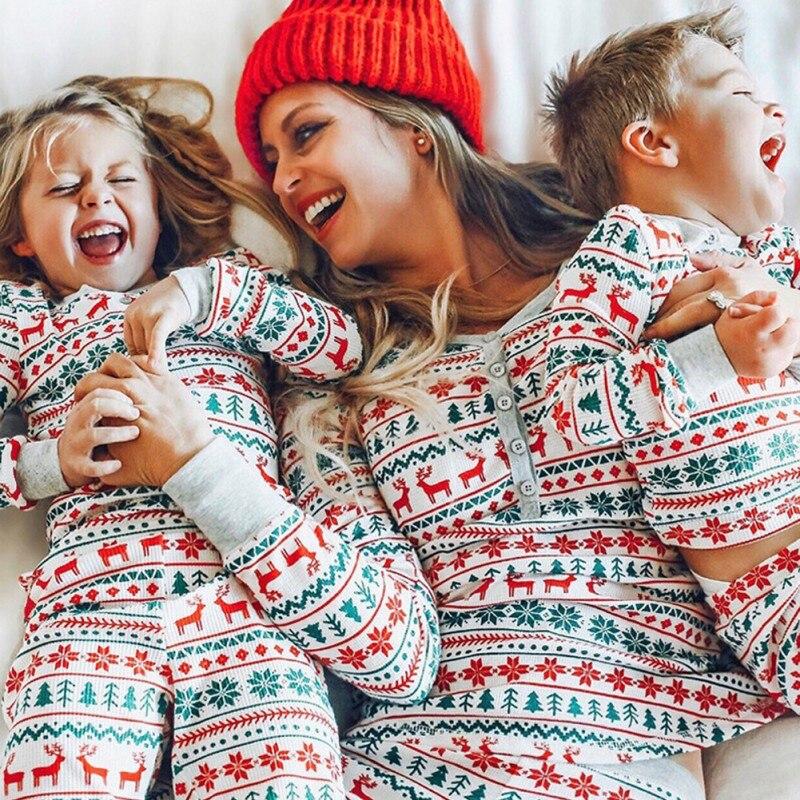 Noël 2020 famille correspondant pyjamas ensemble Parent enfant costumes impression orignal vêtements ensemble maison vêtements doux noël vêtements de nuit nouvel an