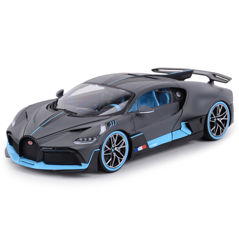 Bburago 1:18 Bugatti Divo Sports Car Static Simulation Diecast Alloy Model Car