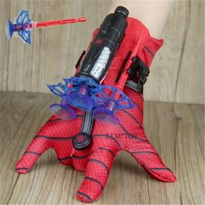 Nuovo Spider Man Giocattoli di Plastica Cosplay Spiderman Guanto Launcher Set Con La Scatola Originale Divertenti Giocattoli per I Ragazzi Di Compleanno Nuovo Anno gi(China)