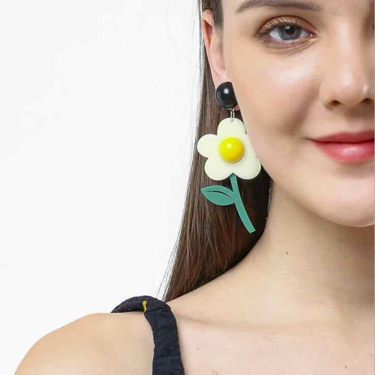 ต่างหูผู้หญิง Kelly ต่างหูแฟชั่น Charm ยุ้ย Eardrop Trendy Hip Hop Girls ของขวัญน่ารักหวานดอกไม้ใบ