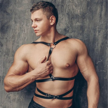 цены Fetish Men Sexy Leather Gay Harness Gothic Chest Harness Strap Punk Body Bondage Belt Rave Top Costumes for BDSM Bondage Gay
