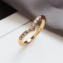 Loredana Stylish v-shaped unique design small fresh opening ring for a woman's gift loredana del monte куртка