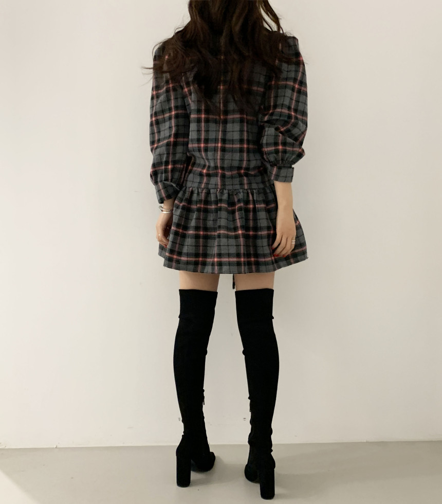 Ha65a60cf15de44ba96b3c00688bd39a60 - Autumn V-Neck Puff Sleeves Waist-Controlled Color-Hit Plaid Drawstring Mini Dress
