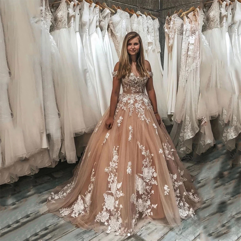 Lace Quinceanera Dresses 2020 Ball Gown Appliques Tull Beaded Party Sweet 16 Dresses Vestido De Baile 15 Anos