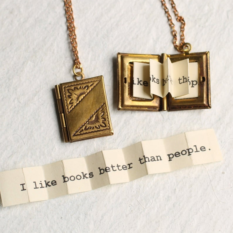 Necklace Book Locket with Pictures Gift for Daughters Necklace Graduation Gift for Teacher Girlfriend Friendship Gift VICT BOOK