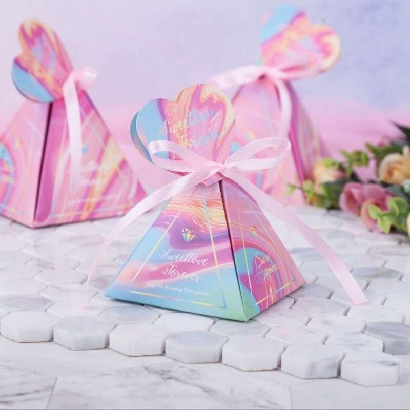 Nouveau créatif boîte à bonbons Carton pyramide mariage cadeau boîte anniversaire mariage boîte à bonbons bébé douche fête fournitures