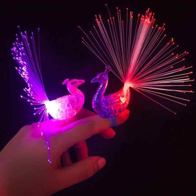 Parlayan Tavuskuşu Parmak Işık Renkli led ışık Up Yüzükler Parti Gadgets Çocuklar Akıllı Oyuncak Parti Hediye için Renk Rastgele