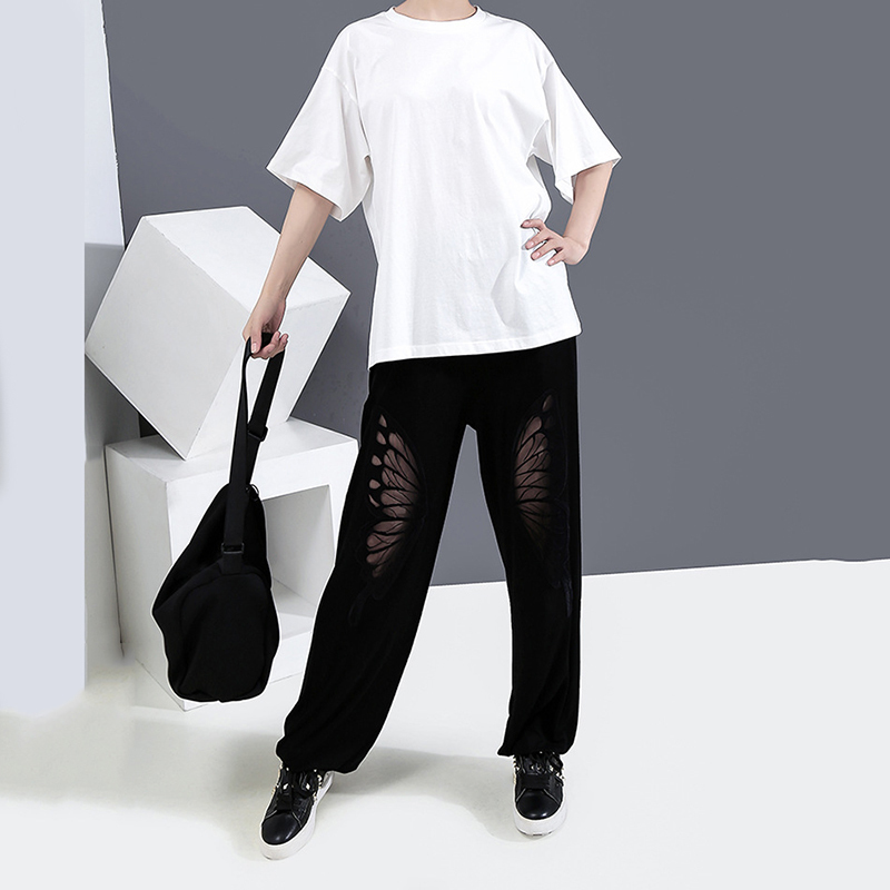 [EAM] Women White Back Hollow Out Temperament T-shirt New Round Neck Half Sleeve  Fashion Tide  Spring Summer 2020 1Y729 6