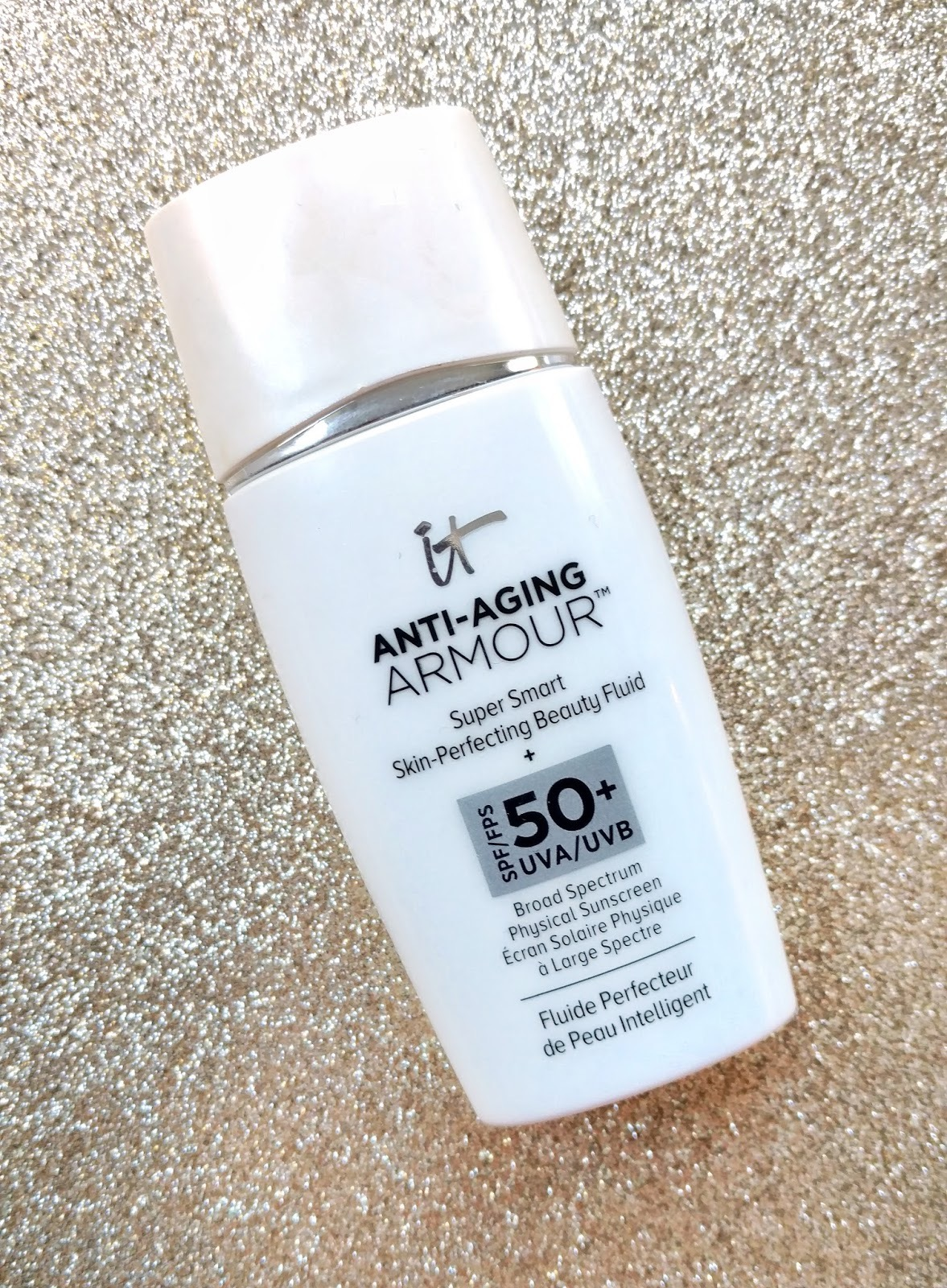 It Cosmetics Anti-Aging Armour Tinted Sunscreen SPF 50+ Super Smart Skin-Perfecting Beauty Fluid Foundation Primer
