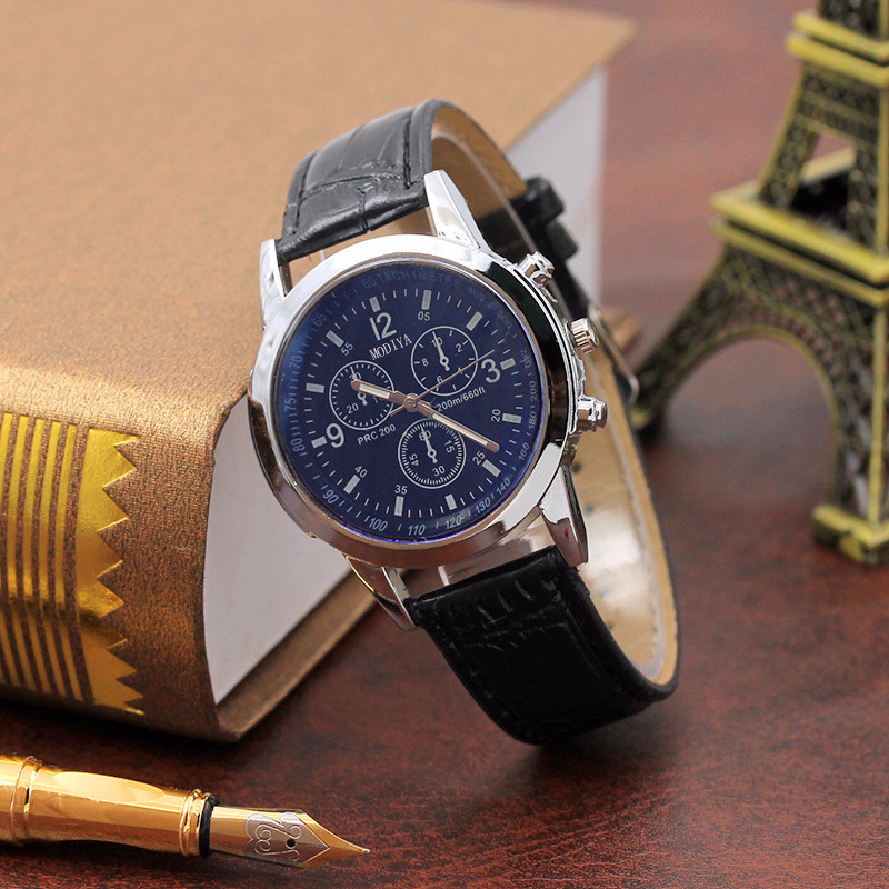 Casual The Men's' Watches Beautiful Belt Quartz watch 2021