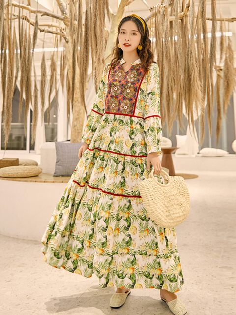 Thailand National Style Vintage Holiday Trip Shoot Embroidered Long Dress Bohemian Beach Printed Loose and Plus-sized Dress 1