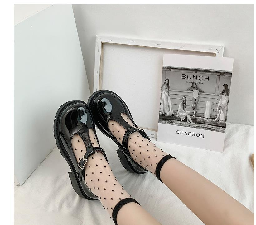 Customized 2020 new small leather shoes women's shoes British hollow female college style Mary Jane shoes big toe shoes women