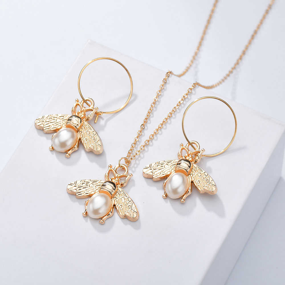 NEW Women Trendy Earrings&Necklace Jewelry Set Hollow Round And Geometric Female Jewelry Women Gold Chain Wedding Jewelry Sets
