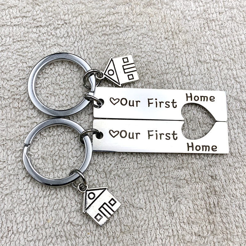2Pcs/Set Keychain Our First Home House Keyring Couples Housewarming Gifts Lovely Gift For New Home Owners Cute Keychain