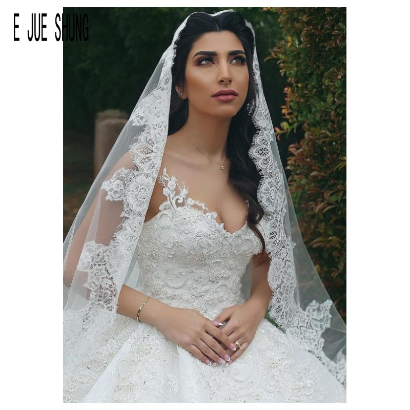E JUE SHUNG Long Wedding Veils 2 M One Layer With Comb Lace Appliques Bridal Veil Marriage Veu De Noiva Longo