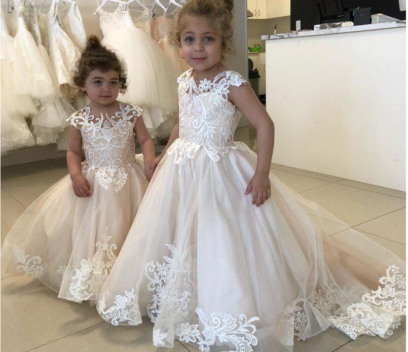 O-Neck Sleeveless Lace Appliques   Flower     Girls     Dresses   V-Shape Back 2020 Simple Kids Formal Party Gowns Custom Communicate