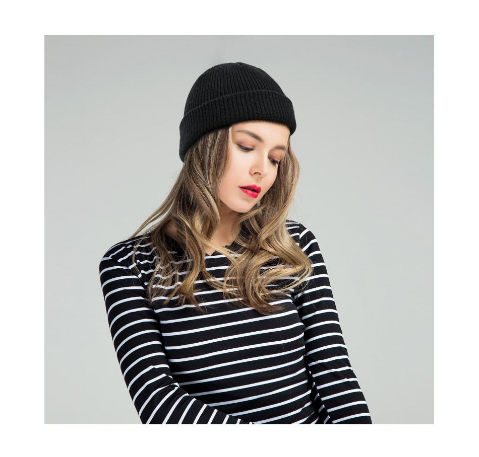 2019 Fashion Unisex Winter Hat Men Cuffed Cib Knit Hat Short Melon Ski Beanies Autumn Winter Solid Color Casual Beanie Hat 24