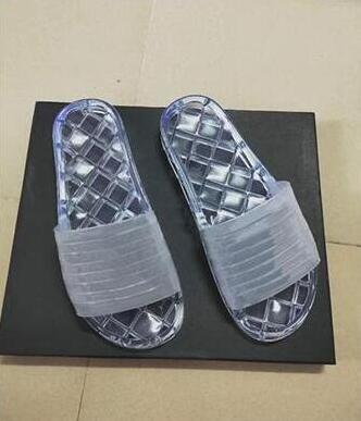 Clear Jelly 19p Pvc Mules Sandals Womens Luxury Designer Shoes Transparent 19s Glossy Pool Mules Slides Lady Rubber Slip On Sand