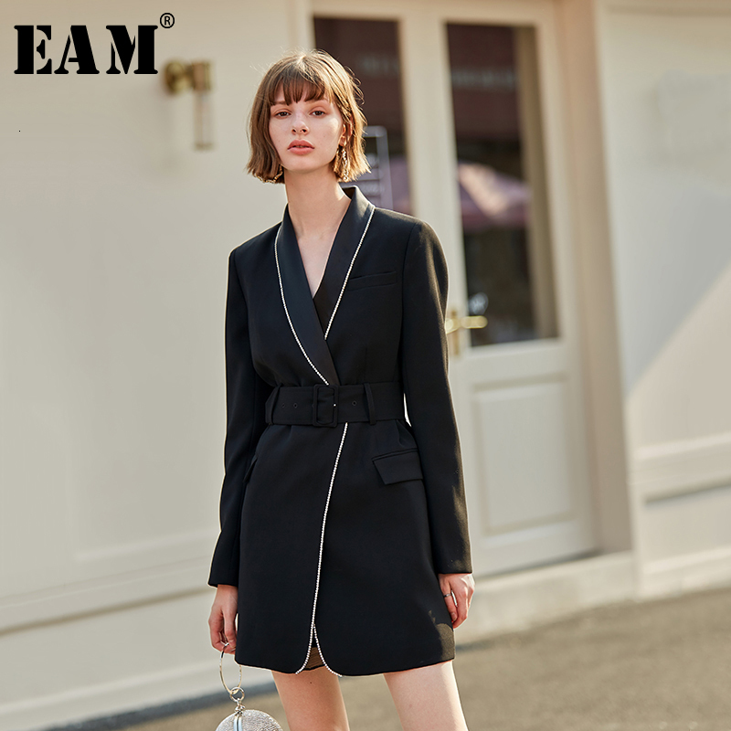 [EAM] Loose Fit Black Rhinestone Stitch Long Jacket New V-collar Long Sleeve Women Coat Fashion Tide Spring Autumn 2020 1D132