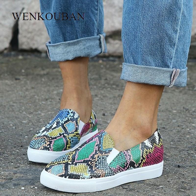 Women Pu Leather Flats Snake Print Loafers Woman Slip On Flat Shoes Female Platform Casual Walking Shoes Sapatos Feminino 2020