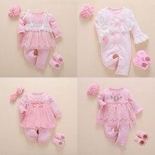 Yenidoğan bebek kız giysileri sonbahar pamuk dantel prenses tarzı bebek tulum 0 3 ay bebek çorap ile Romper kafa bandı ropa bebe