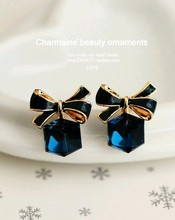 High Quality Fashion Chic Shimmer Bow Knot Cubic Green Blue Crystal Earrings Rhinestone Stud for Women
