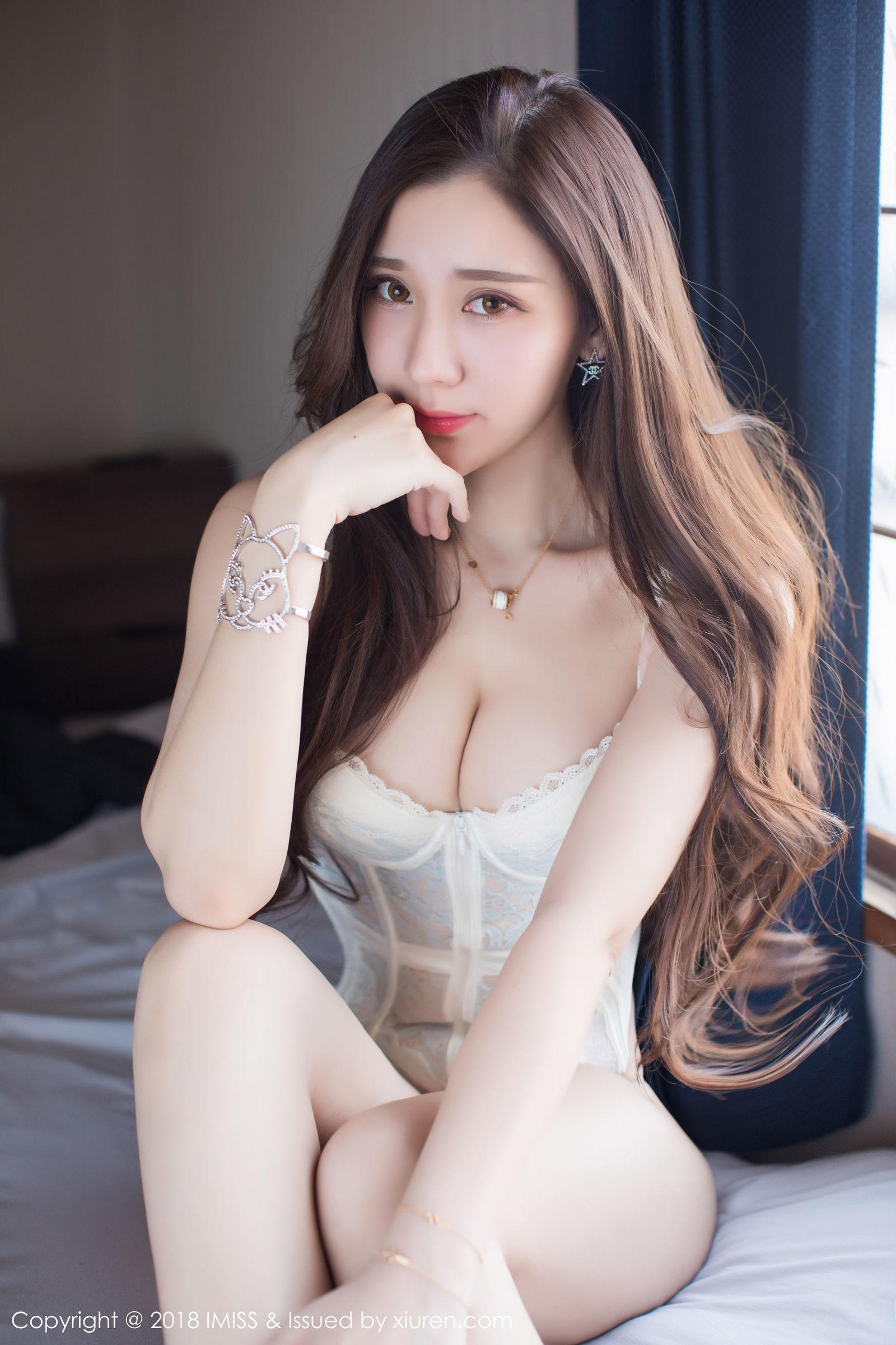 福利美图 | 王梓童Doirs气质独特的美女模特