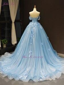 Image 2 - Julia Kui Wunderschöne Ballkleid Hochzeit Kleid Himmel Blau Farbe Mit Elegante Appliques 3D Blumen Hochzeit Kleid Weg Von Der Schulter