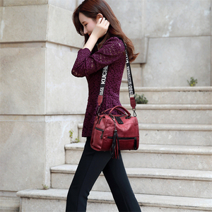 Image 3 - Genuine Leather Tassel Luxury Handbags Women Bags Designer Handbags High Quality Ladies Hand Bags For Women 2019 Bolsa Feminina