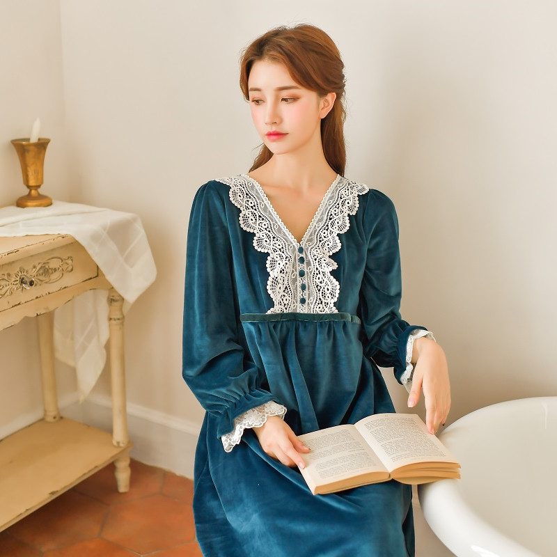 Winter Warm Thick Flannel Women's Long Sleepwear Long Sleeve White Lace Vintage Princess Nightgowns 4 Colors
