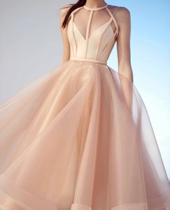 2020 Elegant Champagne Tea Length Cocktail Dresses Ruffles A-line Prom Party Gowns Formal Dresses Homecoming Dress Abendkleider