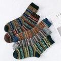 5 Paare/los Hohe Qualität Business Männer Wolle Socken Verdicken herren Socken Warme Retro Nationalen Stil Kleinen Platz Für Schnee stiefel Neue