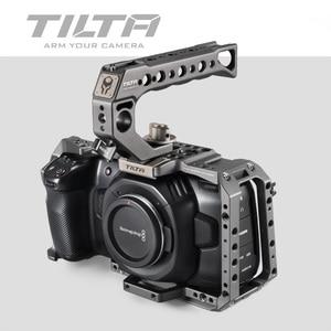 Image 2 - Tilta bmpcc 4k 6k gaiola TA T01 B G tático terminado ou cinza completo gaiola ssd drive titular alça superior para blackmagic bmpcc 4k 6k