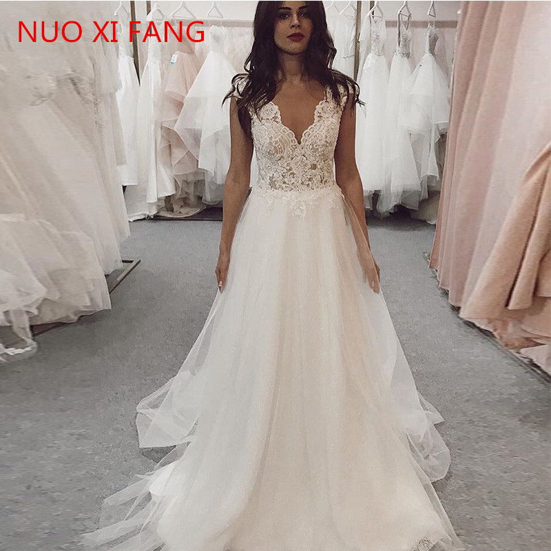 NUOXIFANG 2020 New Beach Wedding Dresses Lace Appliques Tulle Long Princess Vintage Bridal Dress V Neck Wedding Gown