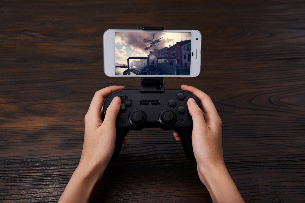 8BitDo Smartphone Clip for SN30 Pro+ Bluetooth Gamepad 14