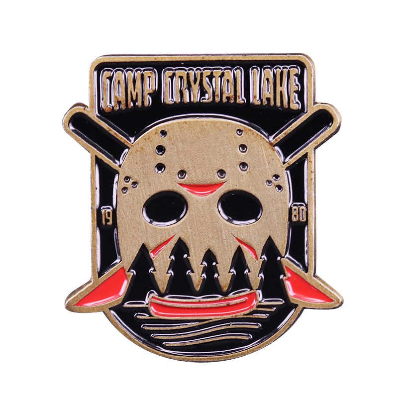 Camp Crystal Lake Jason Membunuh Pin Friday The 13th Terinspirasi Vintage Horor Berdarah Perhiasan