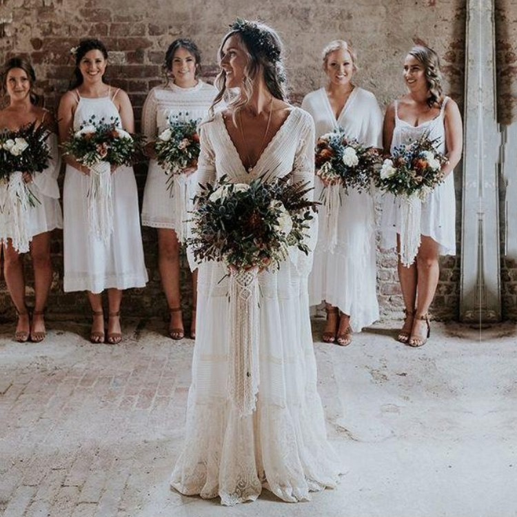 Vintage  Bohemian Wedding Dresses Long Sleeve Lace Boho Wedding Dress Sexy V  Neck Backless Bridal Gowns 2019 Robe De Mariée