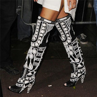 Rihanna Black White OverKnee High Gladiator Sandals Boots Open Toe Summer Motorcycle Women Boots Spike High Heels Shoes Woman