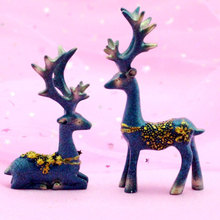 2Pcs Car Decoration Creative Cute Mini Double Deer Ornaments Resin Cake Baking Lovely Animal Figurines Gifts