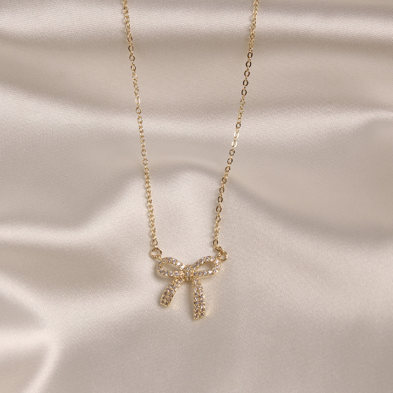 2020 Korean new design fashion jewelry exquisite sweet copper inlaid zircon bow pendant elegant female prom clavicle necklace