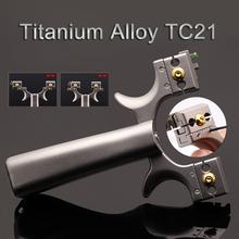 Stop tytanu Slingshot Precision Outdoor Sports Slingshot materiał lotniczy regulowany celownik dokładne strzelanie polowanie tanie tanio DG-CHUANYUNGONG Łuk Związek łuk 85MM 120MM Titanium alloy TC21