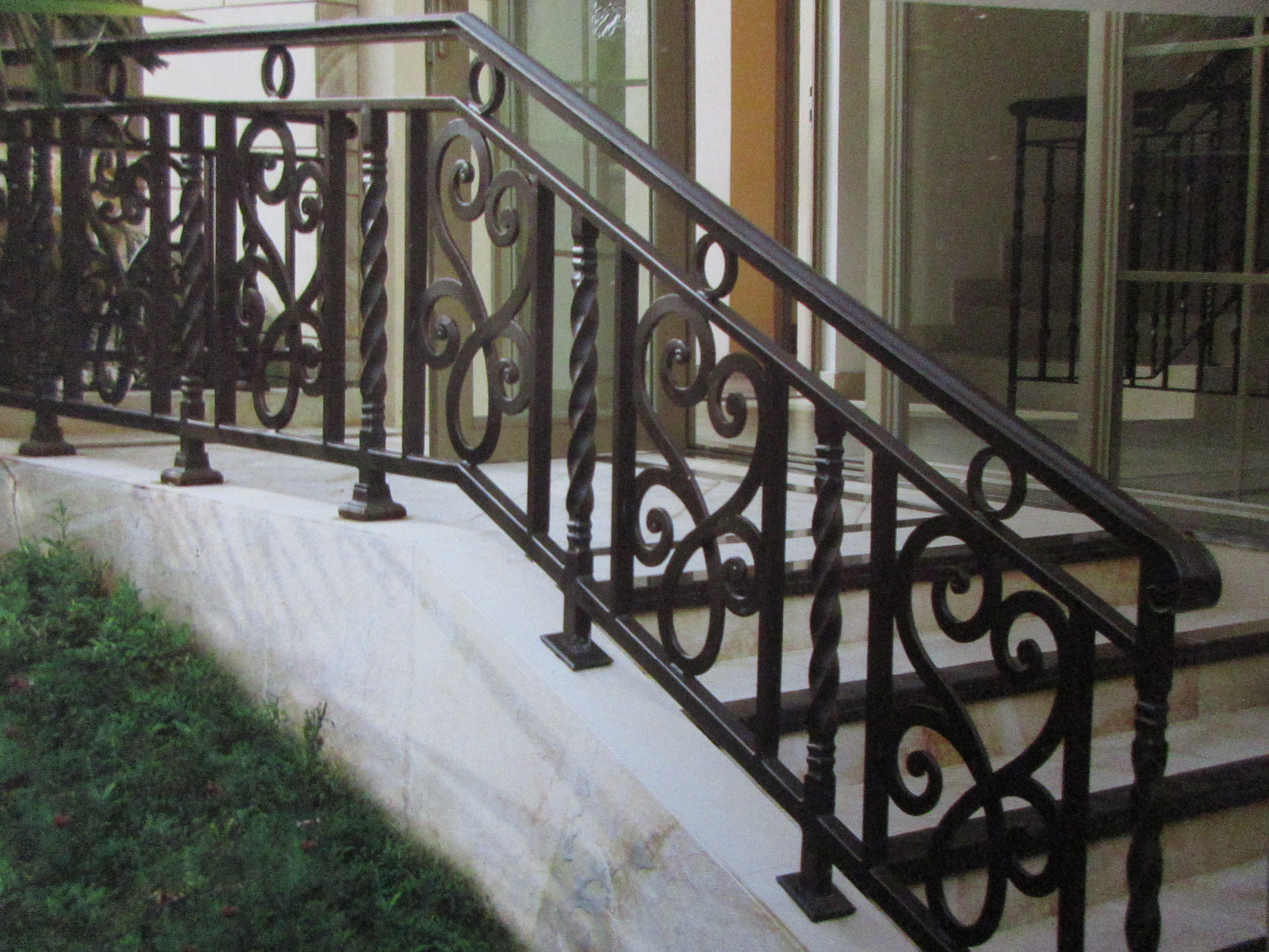 Hench Shanghai Factory Price Wrought Iron Balustrade