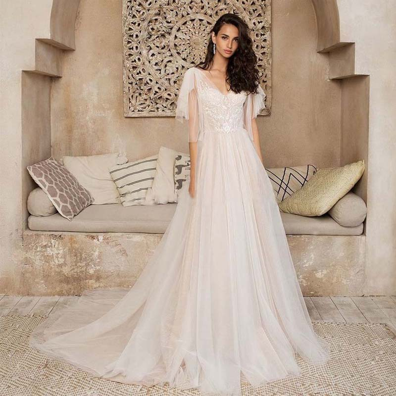Soft Tulle V-neck Lace Applique A-line Wedding Dresses Court Train Lace-up Back Vestido De Noiva