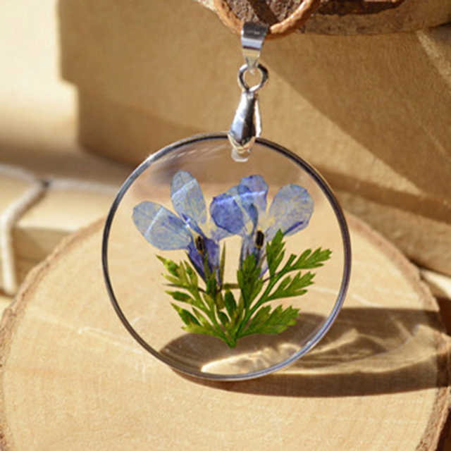 Charms Real Natural Dried Flower Necklace Round Glass Pendant Necklace For Women Gift Vintage Jewelry Wholesale