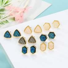 Мини треугольник смолы каменные Симпатичные серьги гвоздики