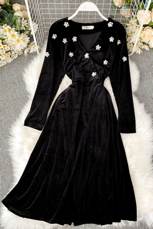 2019 new fashion women's clothing V-neck velvet dress autumn and winter dress women 14