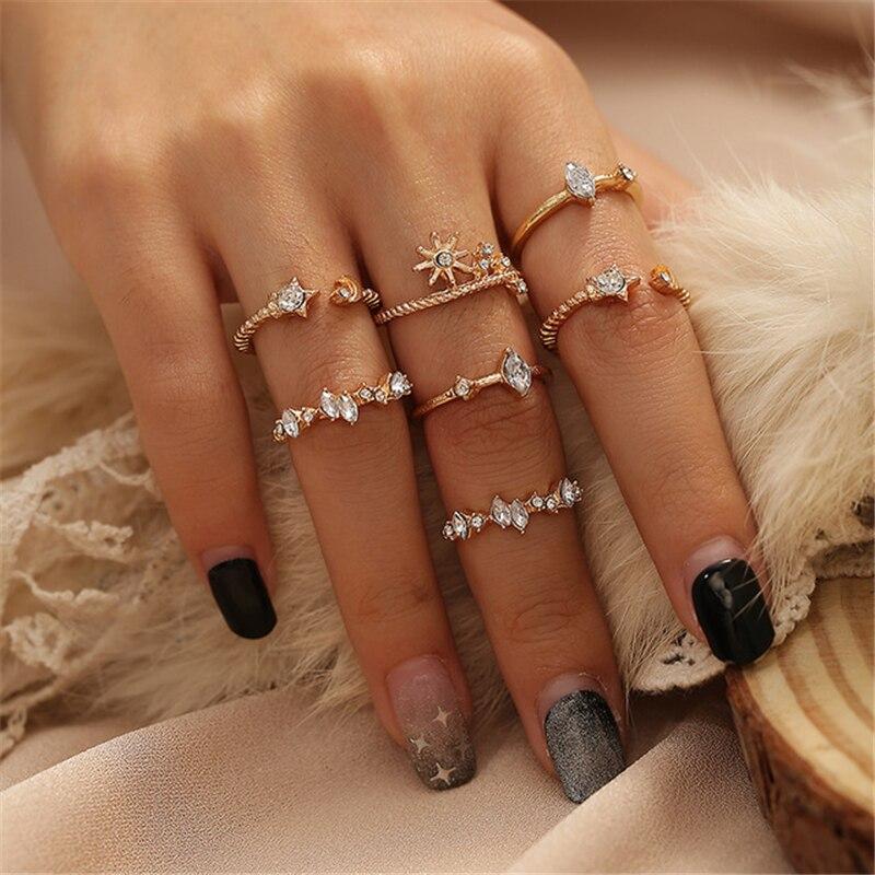 Новинка, кольца в богемном стиле с кристаллами в форме звезды и Луны для Женщин, Модные Винтажные золотые кольца на костяшки пальцев, набор ж...